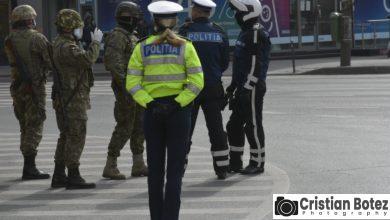 Photo of Militarii au iesit la control cu armele si vehicule de teren Humvee. Echipa comuna cu politisti si jandarmi
